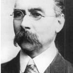 In 1910 Administrator Samuel James Mitchell became the Government resident and the Northern Territory Judge. In 1911 he helped to effect the transfer of control to the Commonwealth. He remained Acting Administrator and Judge but resigned in 1912 after the Federal authorities would not make his appointment for life. (Government House NT)